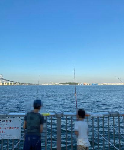 若洲海浜公園で兄弟で釣り