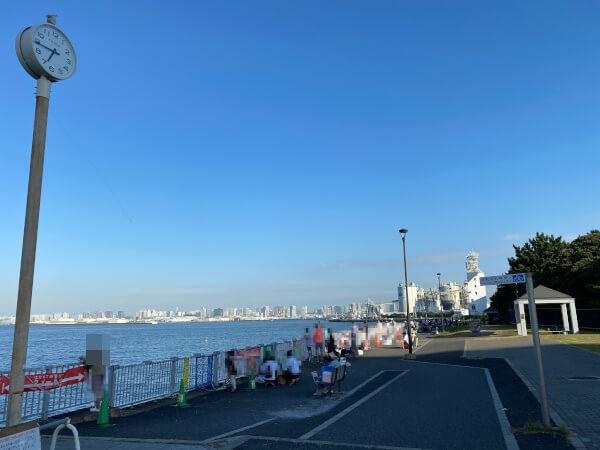若洲海浜公園早朝の売店から右奥の様子