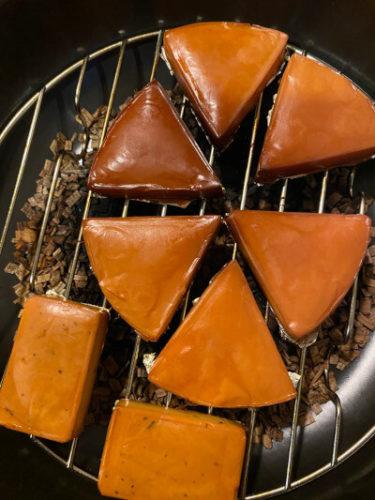 燻製鍋で6Pチーズを燻製